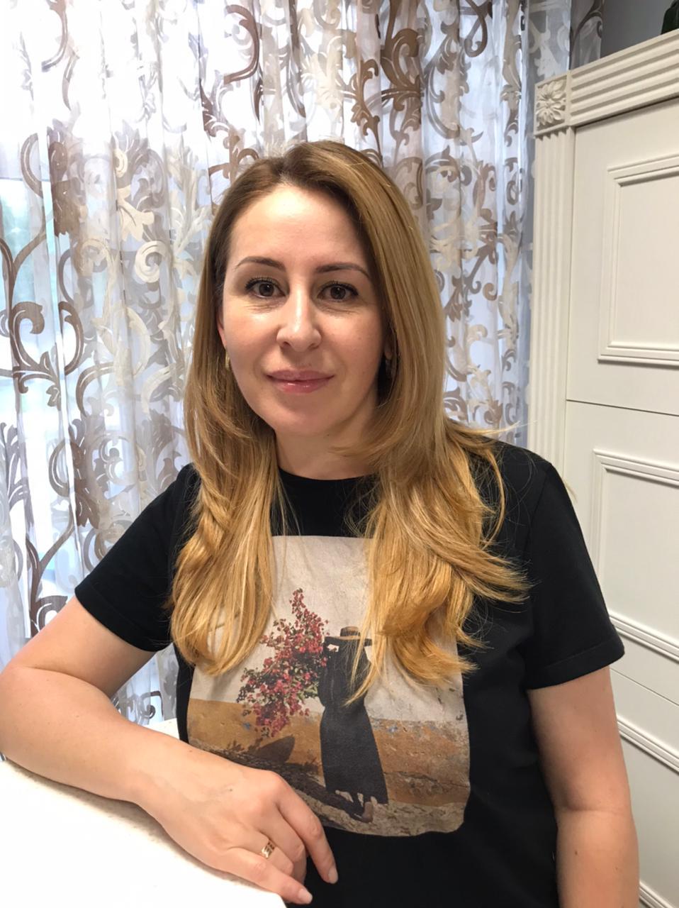 Рамазанова Зара - парикмахер-стилист