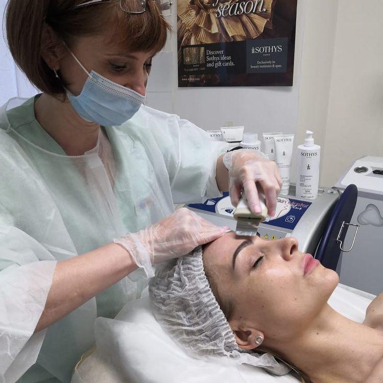 УЗ-чистка лица (ультразвуковой пилинг) - фото 1